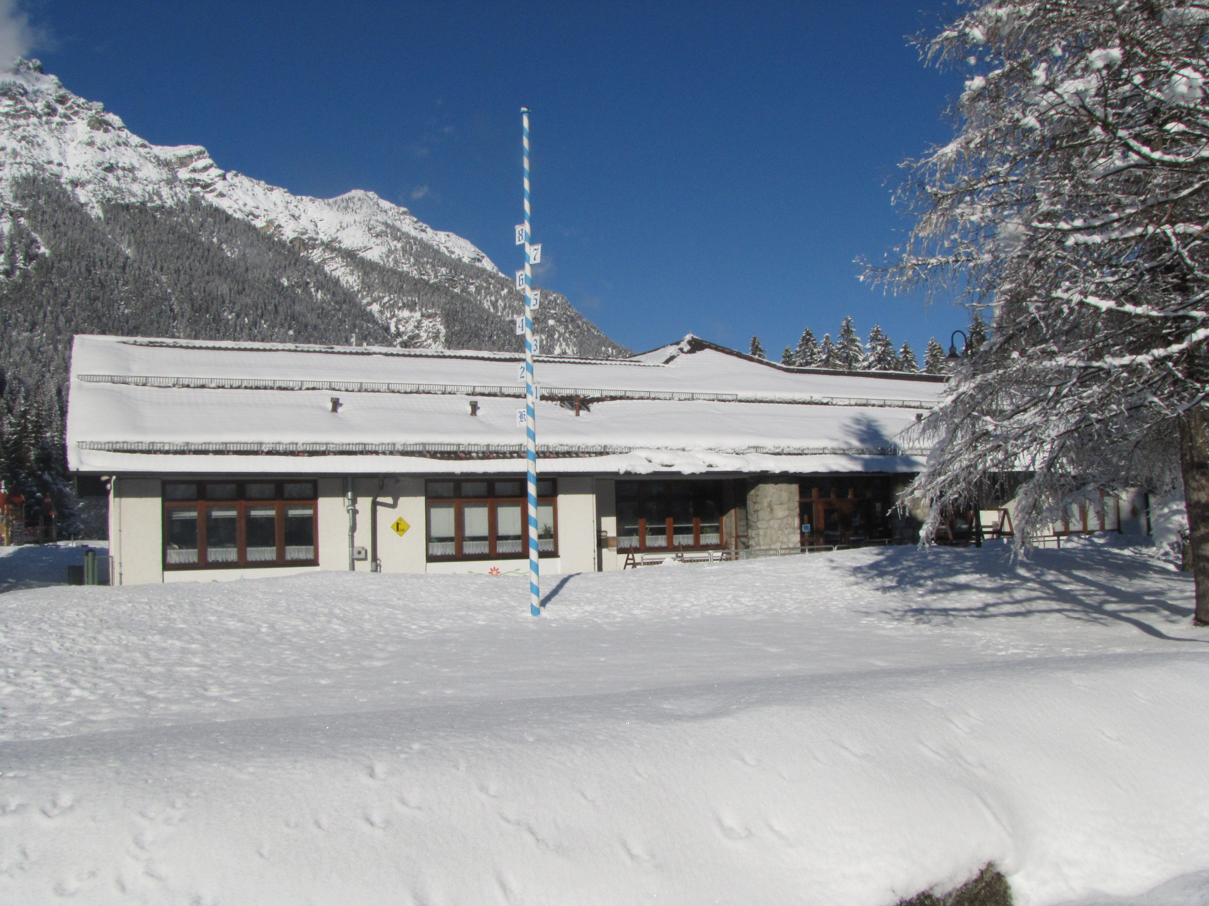 Garmisch EMS in the snow