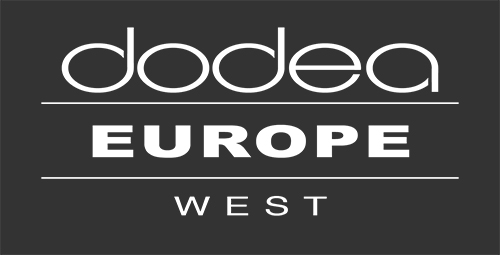 District Logo Europe West - WHITE